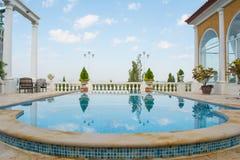 La piscine décorent Image libre de droits