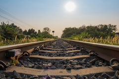 La pista ferroviaria va adelante Fotos de archivo