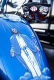 La pittura dell'aerografo dell'aumento di Gesù dai morti con distribuisce sul carro armato di gas del motociclo immagine stock