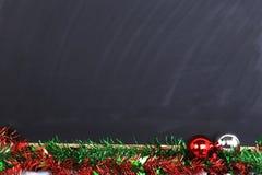 La pizarra adornó día de la Feliz Navidad Fotografía de archivo