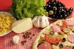 La pizza coció al horno, queso, corteza, deliciosa, cena, fa Fotos de archivo