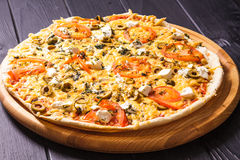 La pizza grecque images libres de droits