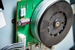 La placa de circuito de la impresora del fax de la copiadora está desmontada para la reparación fotografía de archivo libre de regalías