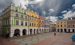 La place dans Zamosc Photo stock