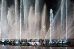 La place de fontaine de musique est à Dalian Images libres de droits