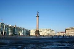 La place de palais. St Petersburg, Russie. Photo libre de droits