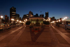 La place du Canada par nuit, Vancouver Photographie stock libre de droits