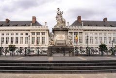 La place du martyre à Bruxelles, pro patria monument commémoratif Photo stock