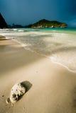 la plage a abandonné au-dessus de la tempête tropicale Photo libre de droits