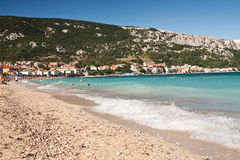 La plage Baska - en Croatie image libre de droits
