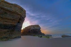 la plage célèbre Catedrais, Ribadeo, Galicie Photographie stock libre de droits