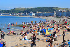 La plage chez Llandudno, Pays de Galles, R-U. Image stock