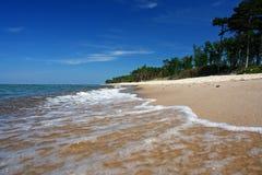 la plage colore le paradis intensif photographie stock libre de droits