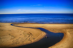 La plage dans Saulkrasti, Lettonie Image libre de droits