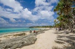 La plage de l'île de mystère au Vanuatu Photographie stock libre de droits