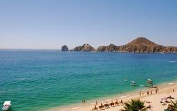 La plage de Medano, vue de Cabo des cordons terminent Images stock