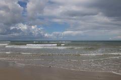 La plage de la Mer du Nord vue de Blokhus, Danemark Image stock
