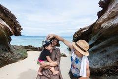 La plage de roche Photo libre de droits