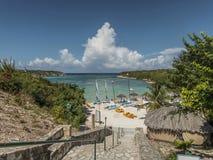 La plage de sport de station de vacances de véranda Images stock