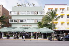 La plage de sud d'hôtel de pélican Photographie stock libre de droits