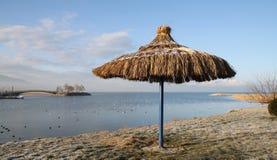La plage en hiver. Photographie stock libre de droits