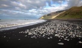 La plage noire photographie stock libre de droits