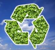 La planta recicla símbolo Fotos de archivo libres de regalías