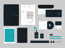 La plantilla de la identidad corporativa para su negocio incluye la cubierta CD Fotografía de archivo
