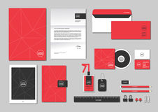 La plantilla de la identidad corporativa para su negocio incluye la cubierta CD, Imagen de archivo