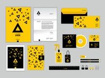 La plantilla de la identidad corporativa para su negocio incluye la cubierta CD Fotografía de archivo libre de regalías