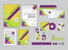 La plantilla de la identidad corporativa para su negocio incluye la cubierta CD Fotos de archivo libres de regalías