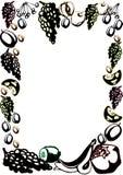 La plantilla del cartel con las frutas dibujadas mano y las bayas para el men? del mercado de los granjeros dise?an ilustración del vector