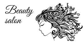 La plantilla para el salón de belleza femenino Muestra un perfil de una muchacha con el pelo hecho de flores Fotos de archivo