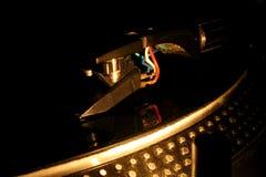 La plaque tournante du DJ reprennent image libre de droits