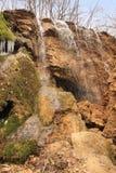 La plata fluye la cascada en Crimea Fotografía de archivo libre de regalías