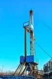 La plataforma de perforación a perforar para el petróleo y gas Foto de archivo libre de regalías