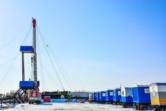 La plataforma de perforación a perforar para el petróleo y gas Imagen de archivo libre de regalías