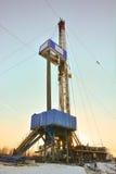 La plate-forme de forage à forer pour le pétrole et le gaz Photos stock
