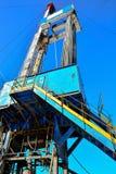 La plate-forme de forage à forer pour le pétrole et le gaz Photographie stock