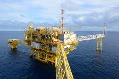 La plate-forme pétrolière. Images libres de droits