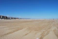 La playa azotada por el viento de Pescara fotografía de archivo libre de regalías