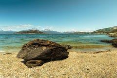 La playa de la Patagonia en Ushuaia, la Argentina Foto de archivo
