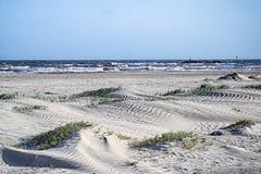 La playa en la isla magnífica, Luisiana Imagen de archivo libre de regalías
