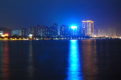 La playa en la noche Fotos de archivo libres de regalías