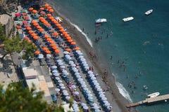 La playa en Positano Foto de archivo libre de regalías