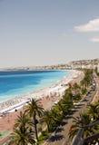 La playa francesa de riviera Niza Francia Imágenes de archivo libres de regalías