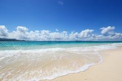 La playa hermosa Foto de archivo libre de regalías