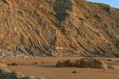 La playa maravillosa y peculiar de Barrika Fotografía de archivo