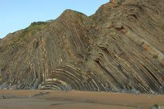 La playa maravillosa y peculiar de Barrika Fotos de archivo