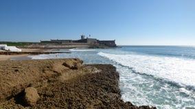La playa y la ciudadela Imagen de archivo libre de regalías